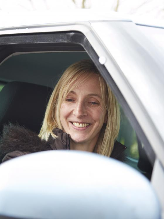 Leanne Owen in her car