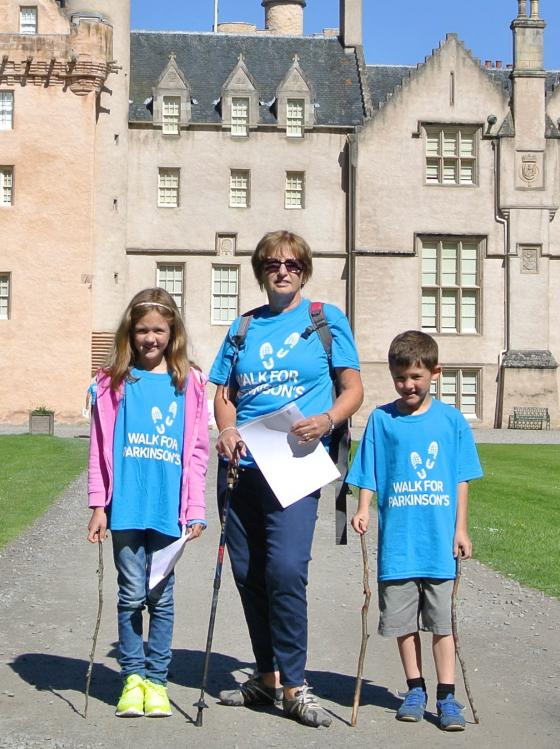 Walkers at Brodie Castle